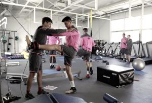 Pedro López y Sergio Postigo se reintegran con el grupo