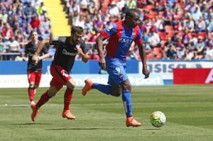 Las lesiones Cuero y Feddal les impiden jugar en Vallecas