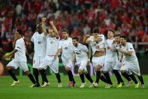 Carlos Bacca campeón de la Europa League con Sevilla