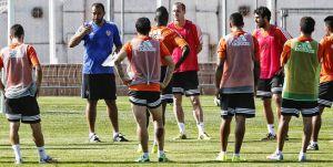 El Valencia continúa su pretemporada a puerta abierta
