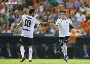 Dani Parejo entra en la convocatoria para el derbi; se cae Paco Alcácer