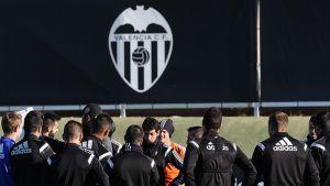 André Gomes, Robert, Zuculini y Pereira se quedan en Valencia