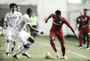 Para se afastar do Z-4, Santos recebe Internacional na Vila Belmiro