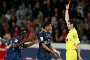 Thiago Silva prend deux matches, Leonardo dans l'attente