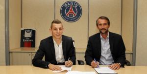 El Paris Saint-Germain cierra el fichaje de Lucas Digne