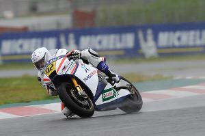 Alejandro Mariñelarena gana en en Moto2 una carrera por eliminación
