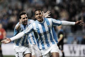 Málaga 4-2 Rayo: el Málaga se aferra a la Champions con Rondón como protagonista