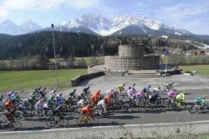 Giro del Trentino: esulta Santaromita, i big si controllano