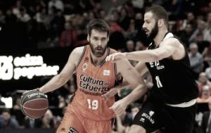 Valencia dedica una victoria 'fallera' a su afición ante el Bilbao
