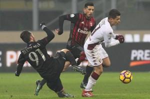Milan, Montella deve scegliere con chi sostituire lo squalificato Suso. In ballo Sosa e Bertolacci