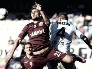 Lanús comenzó con tres goles en su contra
