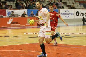 El Bada Huesca rescata dos puntos en el último segundo