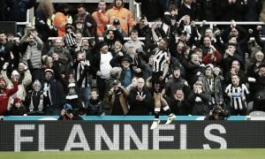 Newcastle da cátedra a puro gol en la lucha por la permanencia