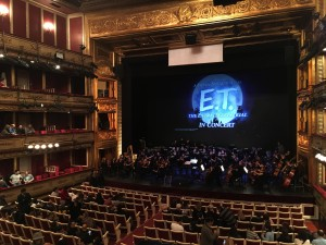 E.T. sobrevuela Madrid en el concierto por su 35 aniversario