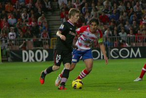 El Granada ya sabe los horarios para recibir al Athletic y visitar al Levante