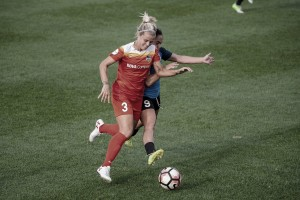 FC Kansas City battle out the last match with a 1-1 draw against the Houston Dash