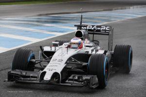 Jenson Button lidera la segunda jornada de entrenamientos en Jerez