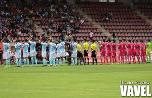 Fotos e imágenes del S.D. Compostela y el Real Madrid C, partido amistoso