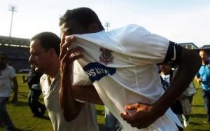 O despertar da polêmica de 2007: relembre a histórica rivalidade entre Corinthians e Internacional