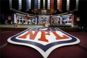 Live NFL Draft Commentary w. Jon Fox- LIVE At 4:00 P.M. EST