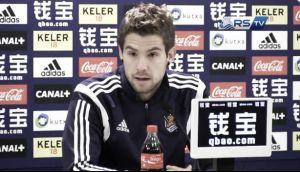 """Iñigo Martínez: """"Ganar en el Bernabéu es difícil, pero debemos aprovechar sus errores"""""""