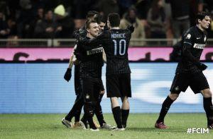 El Inter pasa a cuartos de final en un partido trabado