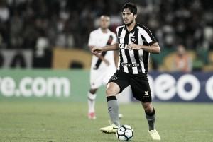Destaque do clube, Botafogo rejeita proposta da Udinese por Igor Rabello