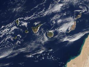 Las afortunadas Islas Canarias: un paraíso al alcance de la mano (I)
