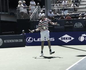 Isner triunfa sobre Ebden em três sets e vai em busca do quinto título em Atlanta