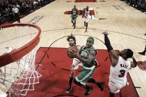 NBA playoffs, i Celtics si scuotono in gara-3 a Chicago (87-104)