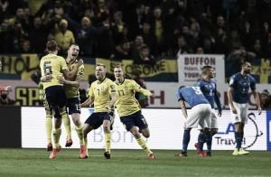 Italia joga mal, perde para a Suécia e se complica na disputa por vaga na Copa do Mundo