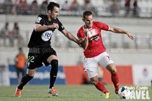Iván Moreno refuerza al Racing de Santander