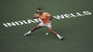 Federer avanza a octavos con paso firme