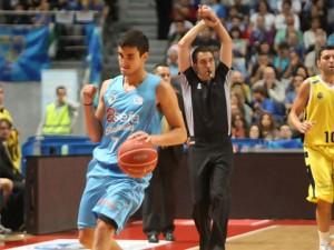Jaime Fernández renueva con el Estudiantes hasta el 2015