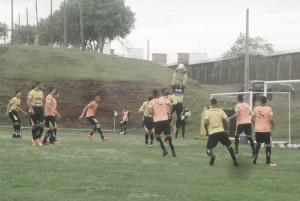Visando se aproximar do G-4, Criciúma recebe o Londrina no Heriberto Hülse pela Série B
