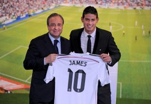 Official: James Rodriguez Presentation at the Santiago Bernabeu