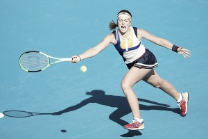 Jelena Ostapenko logra su billete para Singapur