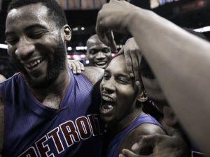 Resumen NBA: Detroit Pistons asalta el AT&T Center y Phoenix sigue ganando