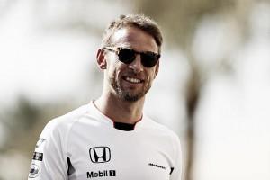 Button mostra otimismo com atualizações da McLaren e diz não ter pressão correndo em Mônaco