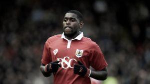 QPR sign Emmanuel-Thomas