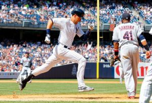 MLB Changes Derek Jeter's Historic Hit to an Error