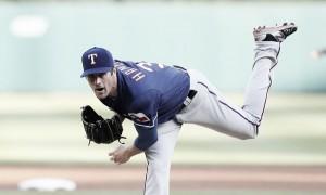 Cole Hamels outduels Jordan Zimmermann, Texas Rangers top Detroit Tigers