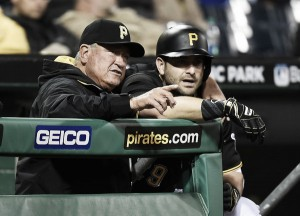 Francisco Cervelli signs three-year, $31 million contract extension with Pittsburgh Pirates