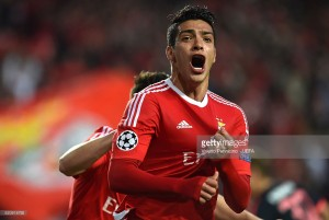 Everton readying bid for Benfica forward Raul Jimenez