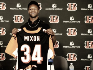 NFL - La seconda vita di Joe Mixon