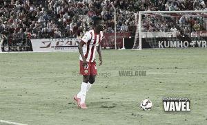 Jonathan Zongo regresa a Almería con un esguince en el tobillo izquierdo