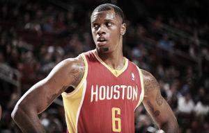 Terrence Jones, baja indefinida a causa de un neumotórax