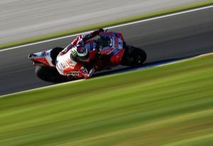 GP Valencia, FP2 MotoGP: Lorenzo in testa e Dovi terzo. Marquez quinto