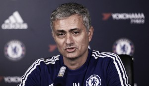 Report: Manchester United in talks with Jose Mourinho