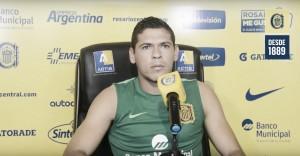 """Leguizamón: """"Me estoy adaptando de a poco al fútbol argentino"""""""